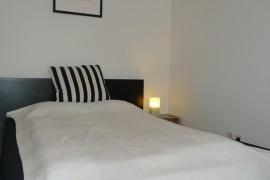 apartment_boltzmanngasse_doppelbett2