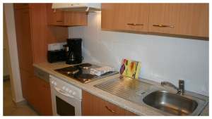 Apartment Magdalenenstraße - fully equipped kitchen with cooking utilities